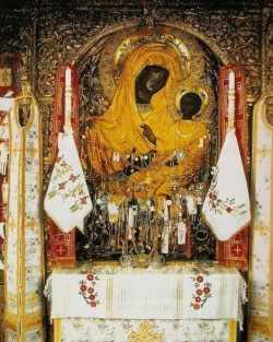 Икона Божией Матери ''Скоропослушница''.  Афонский Дохиарский монастырь.