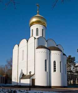 Пименовский храм Николо-Угрешского монастыря. Фото Владислава (strusto) 8 января 2008 г.