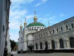 Трапезная церковь во имя преподобных Антония и Феодосия Печерских