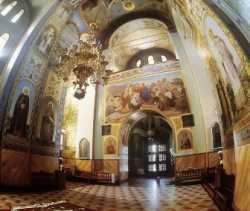 Притвор Владимиро-Волынского Успенского собора