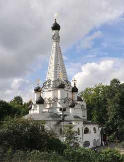 Московский Покровский храм в Медведкове, 2009 г. Фото с официального сайта