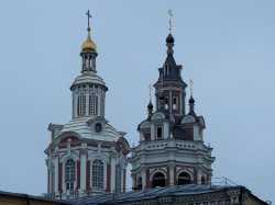 Заиконоспасский монастырь. Собор Спаса Нерукотворного Образа, вид от площади Революции. 20 сентября 2013