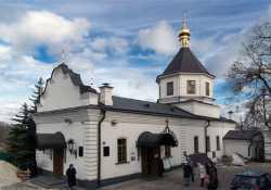 Аннозачатиевская церковь Киево-Печерской лавры. Фото 2013 г.